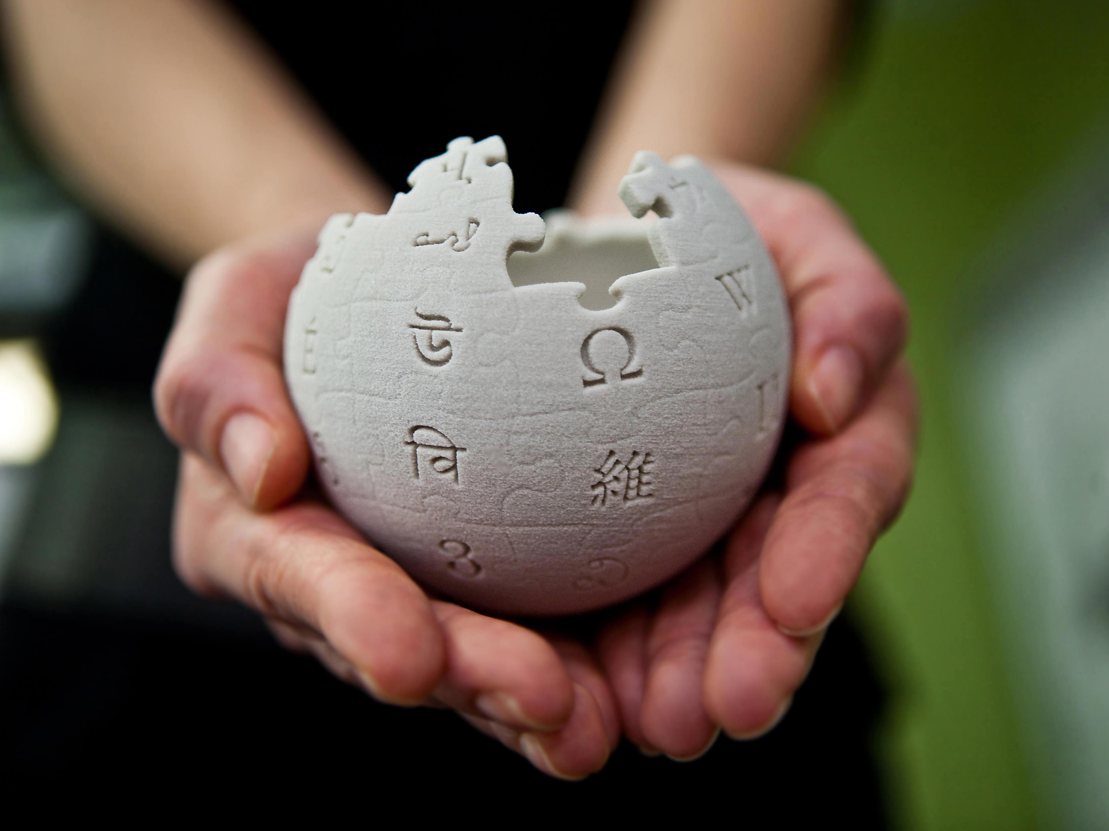 wikipedia Twitter députés censure